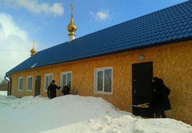 Помощь храму в уборке снега