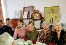 В преддверии Дня пожилых людей православная молодёжь Междуреченска поздравила старшее поколение