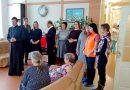 Представители ассоциации «София» и хор Никольского собора поздравили пациентов Кемеровского областного хосписа с праздником